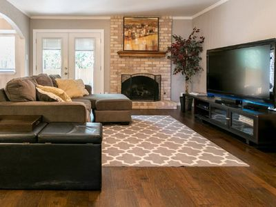 Photo for Beautiful Home, North Central Austin, Domain area.  Monthly discounts