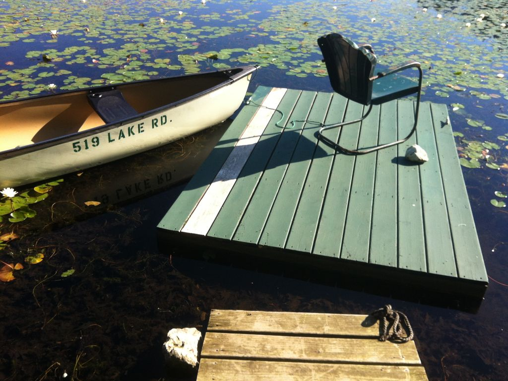 Pine Plains Cabin Rental   Canoe And Dock On Lake
