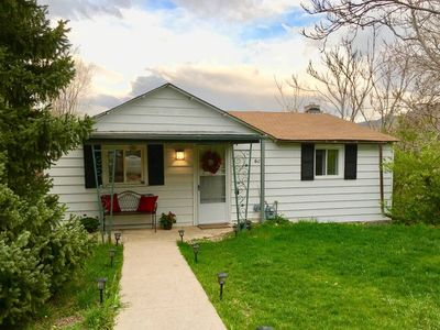 Photo for Cute 2 Bed, Walk to Downtown Golden