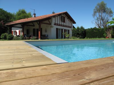 Photo for Ideal house for quiet holidays, everything on foot, heated pool!