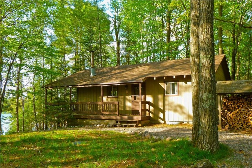 Merveilleux Presque Isle Cabin Rental   View Of Cabin From The Side, The Lake Is On