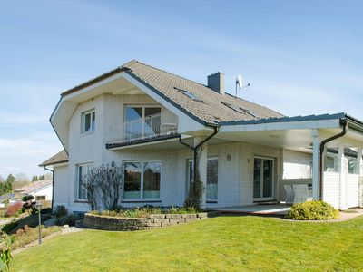 Photo for Stylish apartment for 2-6p. with stunning views of the Plöner See & lake access