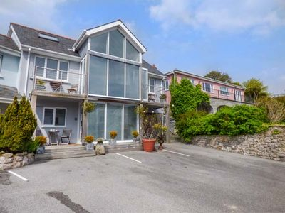 Photo for 2BR Cottage Vacation Rental in Tenby
