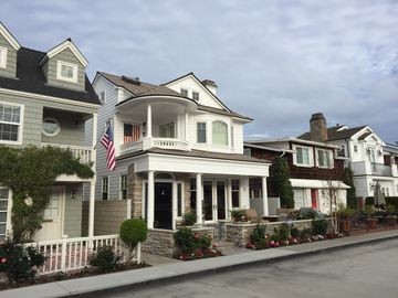 Awesome Irvine Ca Vacation Rentals Houses More Homeaway Home Interior And Landscaping Ymoonbapapsignezvosmurscom