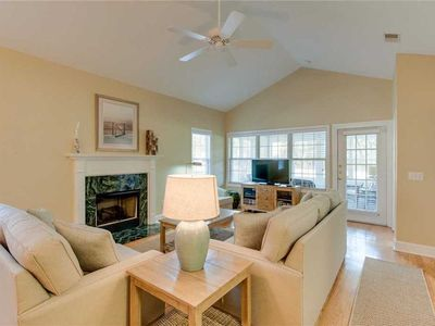 Photo for #HiltonHead Island 3BR /3BA sleeps 6, Beach & Tennis & Fun