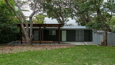Photo for 2BR Bungalow Vacation Rental in Point Lookout, QLD