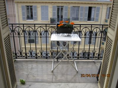 Photo for Sunny apartment surrounded by balconies at 5 'walk from the TGV station