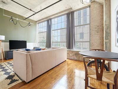 Photo for Sonder   The Hogg Palace   Ideal 1BR