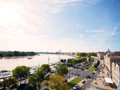 View from the terrace towards the city center and the River Garonne