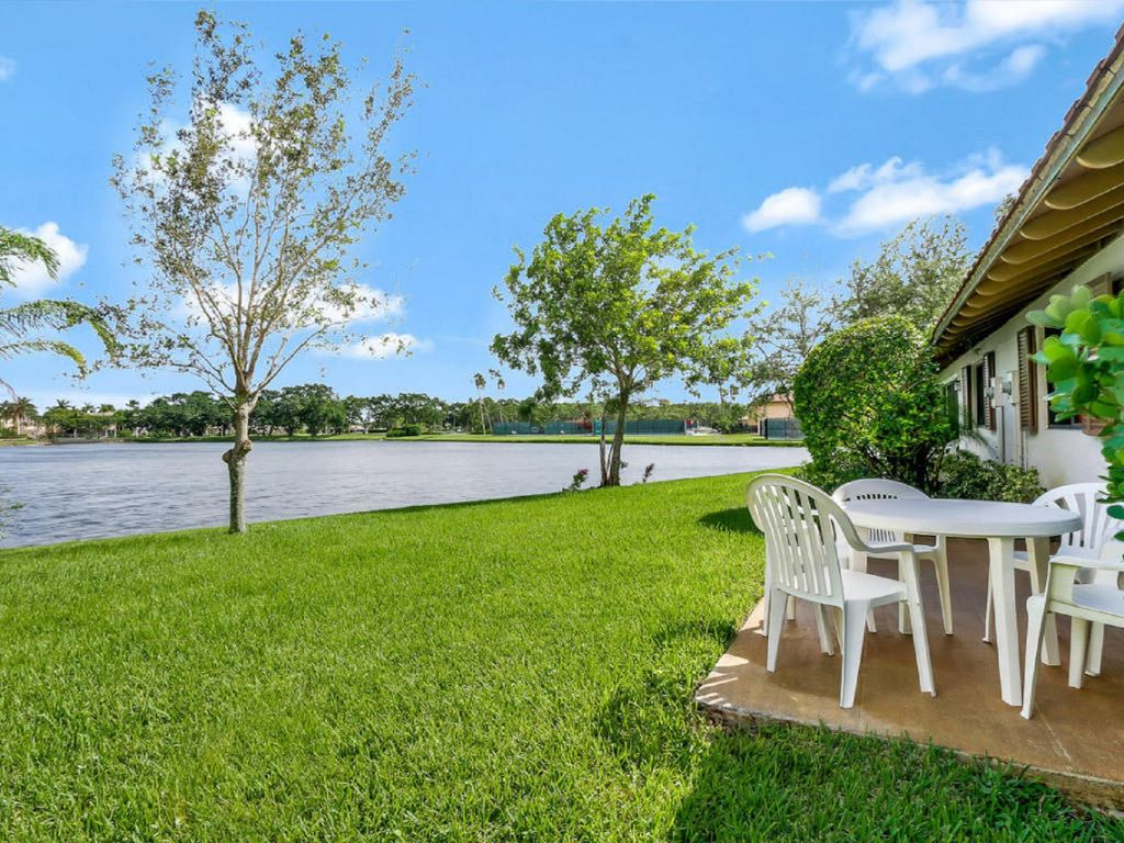WATERFRONT TRANQUILITY GORGEOUS DESIGNER COTTAGE ON WATER!, Palm ...