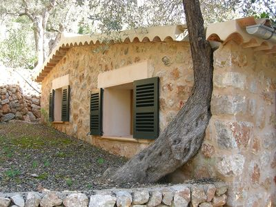 Photo for Beautiful stone house with private pool, terraces, mountain views