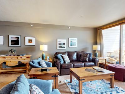 Photo for Walk to the slopes from this condo with shared indoor pool & hot tub access