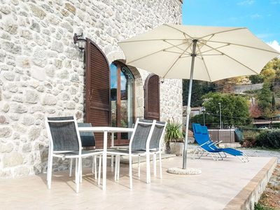 Photo for Lovely apartment for 4 guests with hot tub, WIFI, TV, balcony, pets allowed and parking