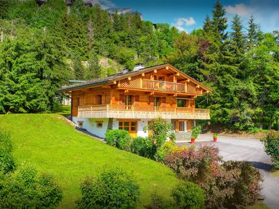 Photo for Fabulous chalet next to piste is the perfect holiday base - OVO Network
