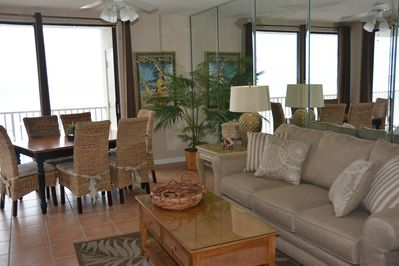 2 glass doors in the LR offer full ocean views & access to our private balcony.