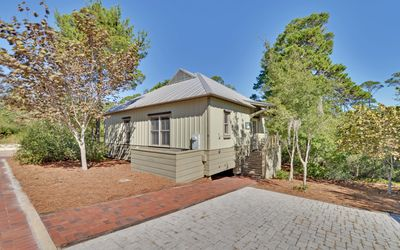 Photo for Beautiful 3 Bedroom Home Near Seaside and the Beach, Free Wifi from $105/nt