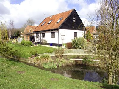Photo for THE HAYLOFT, pet friendly, with open fire in Necton, Ref 2059
