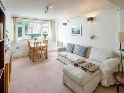 Photo for Lovely 2 Bed 1.5 Bath Battersea Square apartment