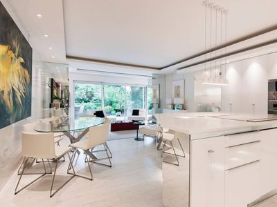 Photo for Design Icon Luxury Garden 3 bed in Hampstead