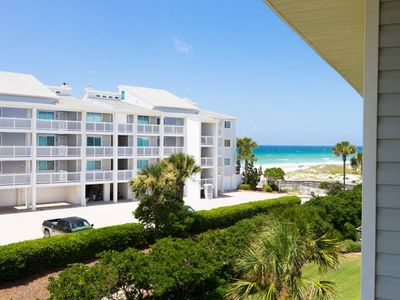 Photo for Gulf-Side unit close to beach access in a family friendly complex!