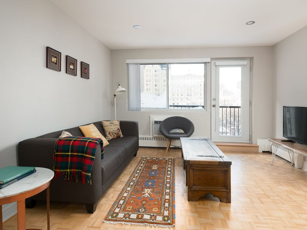 Modern 2BR in Downtown MTL