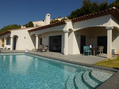 Photo for Villa 8 people with heated pool and sea view