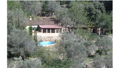 Photo for Quiet country house with pool and magnificent views