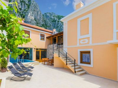 Photo for This 3-bedroom villa for up to 8 guests is located in Crikvenica and has a private swimming pool, ai