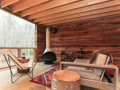 Photo for New Cabin! Hot tub, fire pit, nearby hiking, short Uber downtown.