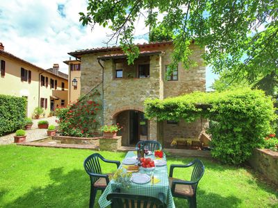 Photo for Detached house, situated next to the castle with a private garden on the estate.