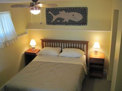 Master Bed Room with Queen Bed