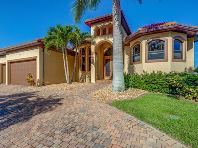 Photo for Dream Home in Superb Location on Sailboat Access Canal!