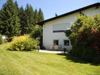 Lovely, clean apartment just 10 minutes walk from Titisee in a quiet area.