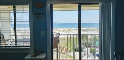 Photo for Completely Renovated Beach Front 1BR On Top Floor - Amazing Views!