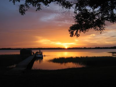 Photo for Spacious Lake front and dock on Lake Francis in Lake Placid Florida