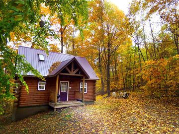 Lovers Loft Romantic Hocking Hills Log Cabin W Indoor Hot Tub Game Room Laurelville Usa Vacationhome Rent Rentals And Resorts