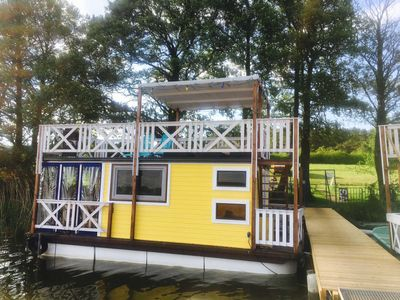 Photo for Holiday raft as a floating holiday home - Holiday Floss Wesenberg - The floating holiday home