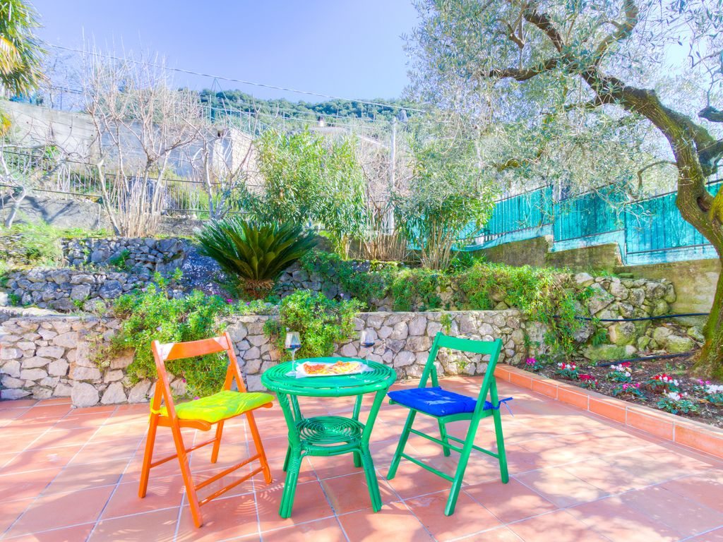C140 Villa Procida: Sea view Wi-Fi pool & garden beach and ...