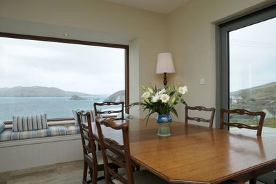 Kitchen/diner with window seat and Fantastic beach and Island views.
