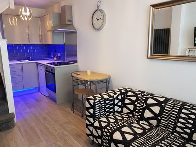 Photo for Newly built 2 Bedroom apartment 30 mins to central london- free parking-
