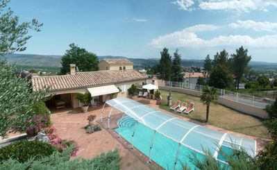 Photo for Provencal villa with heated private pool