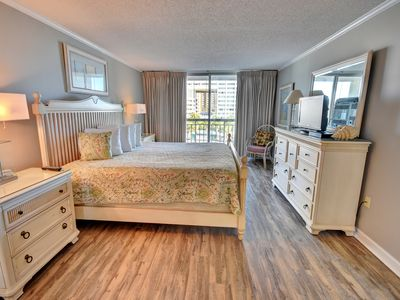 Photo for South Hampton 305- New flooring in all bedrooms.