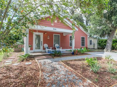 Photo for Spacious, pet-friendly home near Parris Island with wifi
