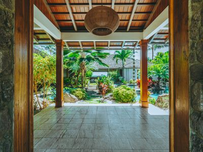 Photo for Luxurious 6BR Private Hawaiian Oceanfront Villa