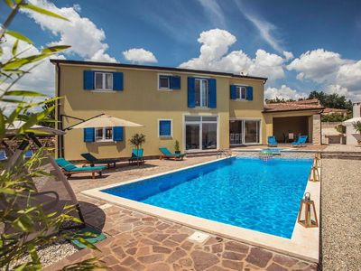 Photo for Holiday house Zminj for 12 - 14 persons with 6 bedrooms - Holiday house