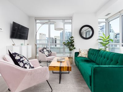 Photo for Luxury Condo with Breathtaking CN Tower View