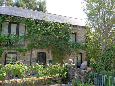 Photo for Granary Cottage, CHAGFORD