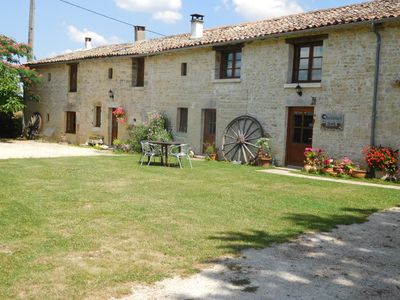 Large 300 year old farmhouse,all mod cons but original features