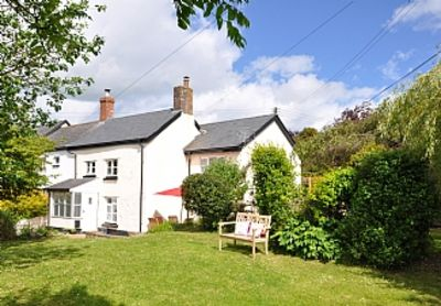 Photo for A Delightful Period Cottage With A Sunny, Enclosed Garden