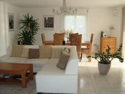 Photo for Pleasant house with pool 5 minutes from the sea and golf